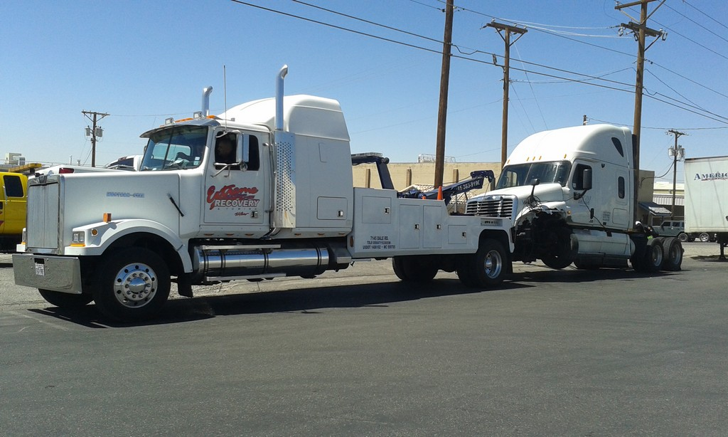 Towing El Paso TX | Extreme Recovery & Towing Service